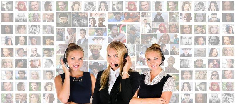 telefono-ventas-mujeres