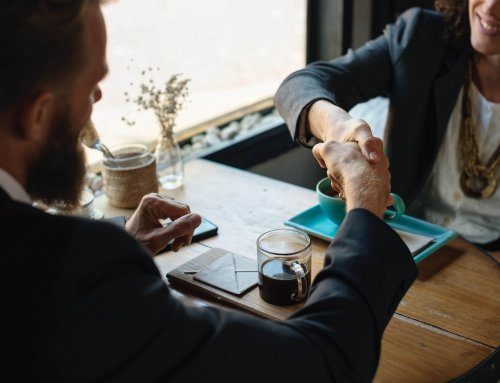 Cinco pasos para aplicar la técnica del reflejo en un proceso de negociación